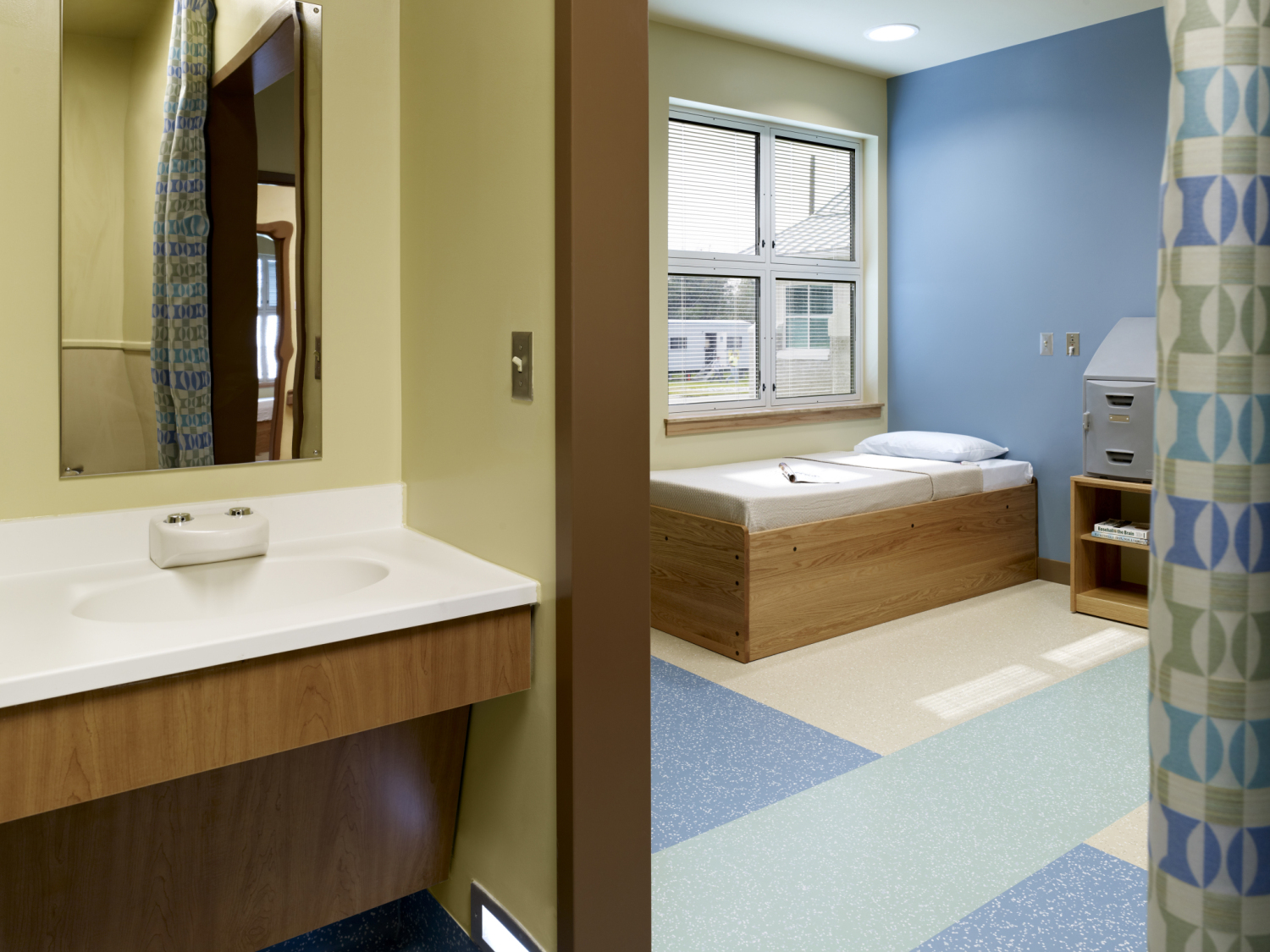 Hospital room design requirements